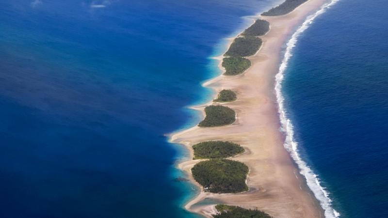 Общая информация о Тихом океане В Тихом океане находятся 25 000 островов Больше чем в остальных океанах вместе взятых